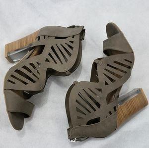 NWOB Call It Spring Women's Size 8.5 M Heel Sandal